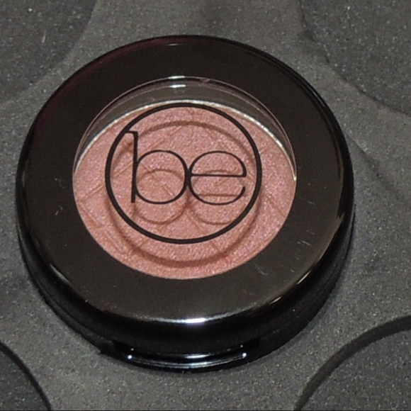 beauticontrol Other - Beauticontrol color impact eyeshadow - Bronze